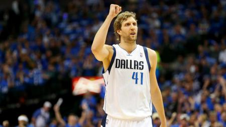 Bintang Dallas Mavericks, Dirk Nowitzki. - INDOSPORT