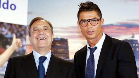 Skandal rekaman suara presiden Real Madrid, Florentino Perez, rupanya tak cukup menyeret nama Iker Casillas dan Raul Gonzalez, tetapi juga Cristiano Ronaldo. - INDOSPORT