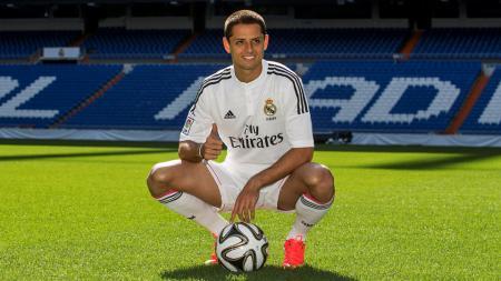 Javier 'Chicharito' Hernandez membeberkan perbedaan penting di antara Real Madrid dan Manchester United - INDOSPORT
