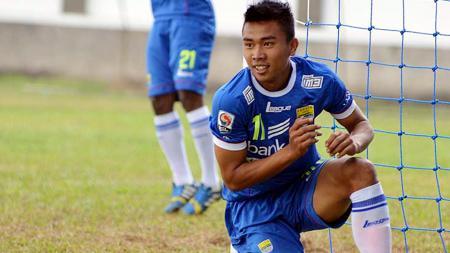 Setelah mengumumkan 11 pemain mulai dari posisi bek dan gelandang, klub Liga 2, Sriwijaya FC, resmi merekrut striker haus gol binaan Persib Bandung, Rudiyana. - INDOSPORT