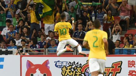 Neymar Melakukan Selebrasi. - INDOSPORT