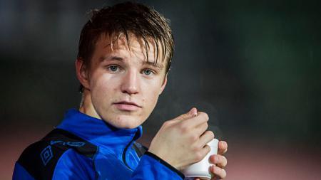 Gelandang serang Real Sociedad, Martin Odegaard, sempat diberitakan pindah ke Manchester City dengan status pinjaman. - INDOSPORT