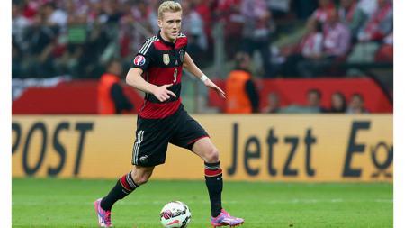 Bukan cuma Andre Schurrle, bintang-bintang dunia seperti Marco van Basten pun memutuskan gantung sepatu dari dunia sepak bola di usia muda. - INDOSPORT