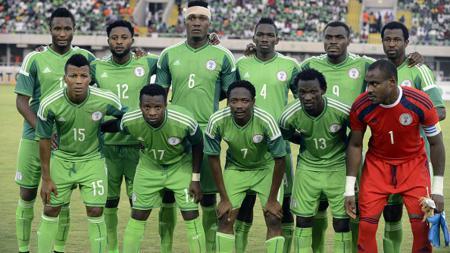 Kisah heroik Nigeria di Piala Dunia 1998 Prancis ternoda akibat kebodohan para pemainnya yang menggelar pesta seks sebelum melawan Denmark - INDOSPORT