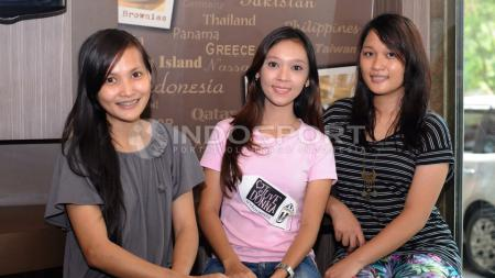 (Dari kiri ke kanan) Angela Sancay, Adhini, dan Maria. - INDOSPORT