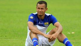 Bek kanan Persib Bandung, Supardi Nasir.