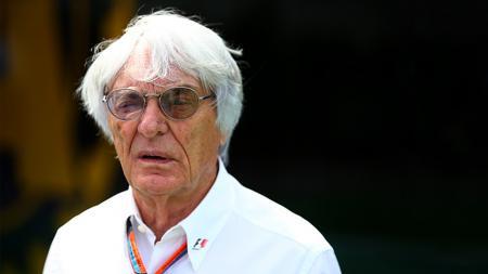 Mantan bos F1, Bernie Ecclestone, melontarkan pernyataan kontroversial di tengah maraknya aksi anti rasialisme belakangan ini, termasuk di dunia olahraga. - INDOSPORT