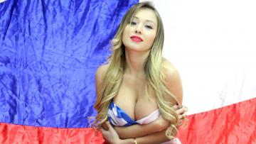 Model cantik asal Chile, Daniella Sanchez.