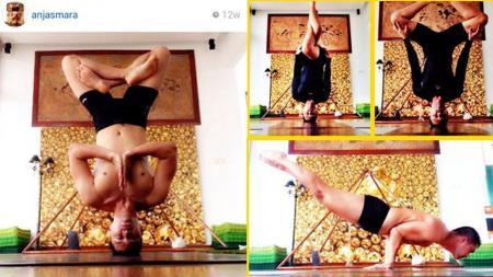 Anjasmara, aktor sekaligus pelatih yoga. - INDOSPORT
