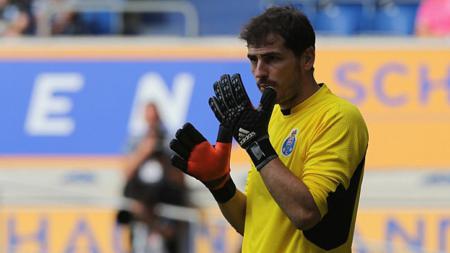 Kiper FC Porto Iker Casillas. - INDOSPORT