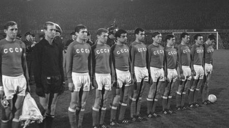 Politik dan sepakbola. - INDOSPORT