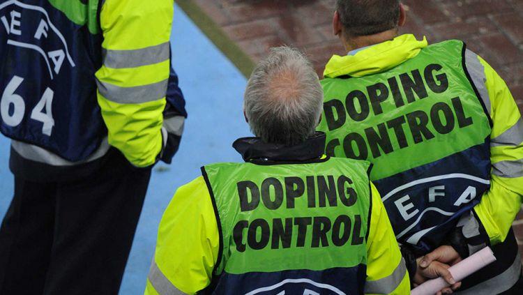 Ilustrasi doping sepakbola. Copyright: © internet
