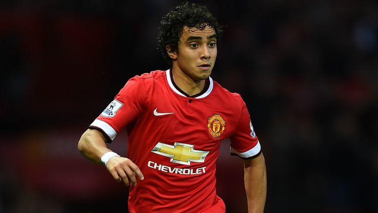 Rafael Da Silva memiliki kembaran yang juga bermain bersamanya kala memperkuat Manchester United. Copyright: © INTERNET