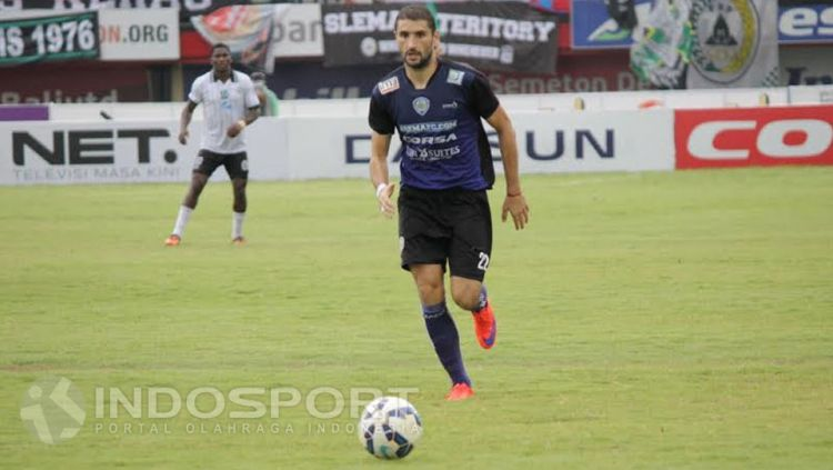 Srdan Lopicic saat masih bermain untuk Arema Cronus. Copyright: © Ian Setiawan/INDOSPORT