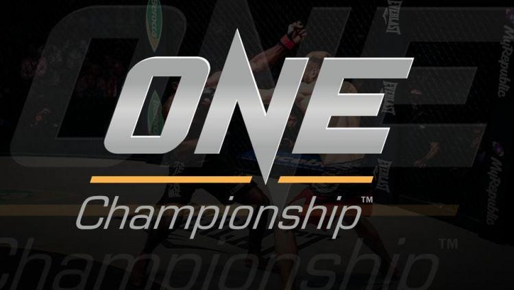 Dalam ajang One Championship ke -100, akan ada pertarungan yang melibatkan petarung Indonesia. Copyright: © INDOSPORT