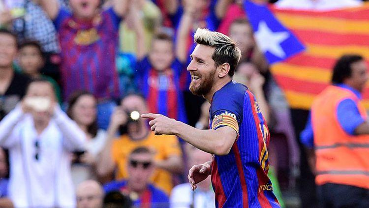 Lionel Messi hanya bisa memberikan satu gol melawan Deportivo La Coruna di Camp Nou. Copyright: © INTERNET