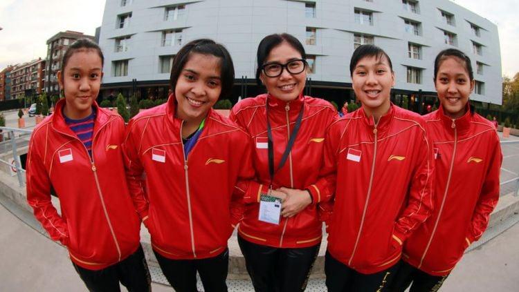 Tim tunggal putri World Junior Championship, Aurum, Gregoria, Sarwendah, Gabriela, dan Desandha. Copyright: © PBSI