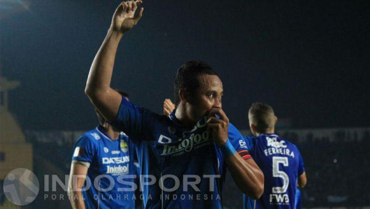 Atep, kapten Persib Bandung. Copyright: © Ginanjar/INDOSPORT