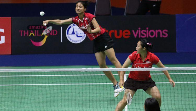 Tiara Rosalia Nuraidah/Rizki Amelia Pradipta ketika sedang melawan Atitaya Povanon/Nootprawee Promdej. Copyright: © PBSI