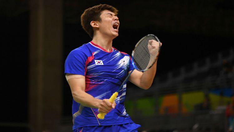 Pemain bulutangkis Korea Selatan, Lee Yong-dae, membongkar bagaimana perlakuan para atlet asal Indonesia di setiap kejuaraan bulutangkis yang mereka jalani. Copyright: © Getty Images
