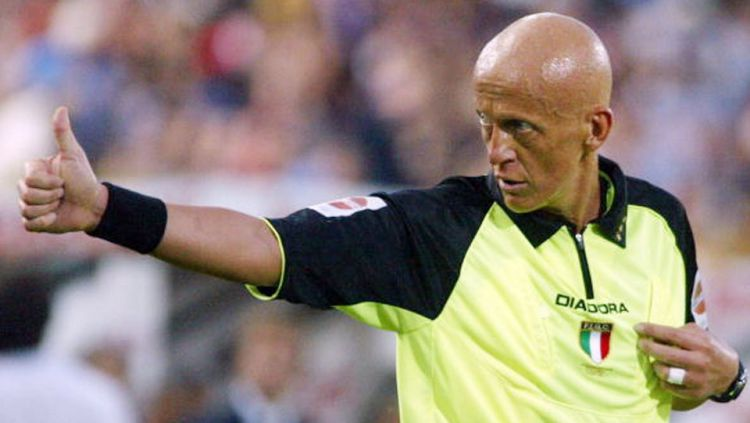 Pierluigi Collina. Copyright: © NICO CASAMASSIMA/AFP/Getty Images
