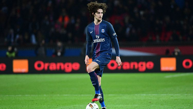 Gelandang Paris Saint-Germain, Adrien Rabiot. Copyright: Dave Winter/Icon Sport