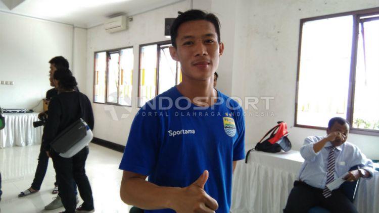 Henhen_Herdiana, pemain Persib Bandung. Copyright: © Ginanjar/INDOSPORT