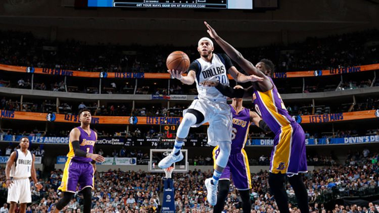 Los Angeles Lakers vs Dallas Mavericks. Copyright: © Glenn James/NBAE via Getty Images