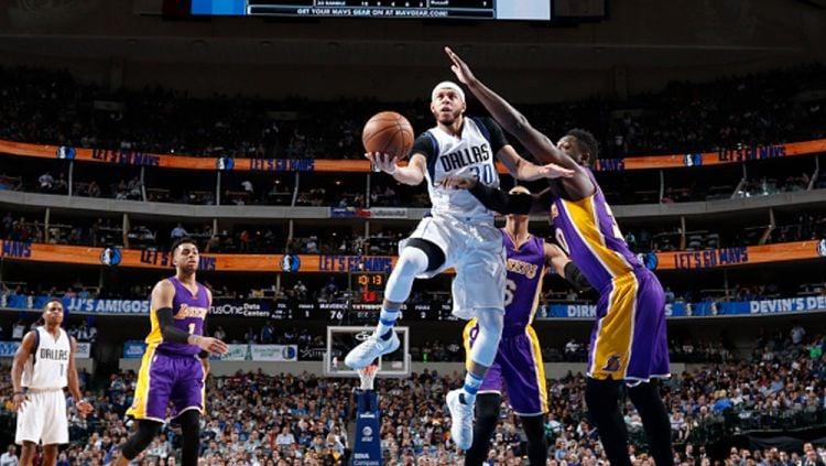 Los Angeles Lakers vs Dallas Mavericks. Copyright: © Glenn James/NBAE via Getty Images