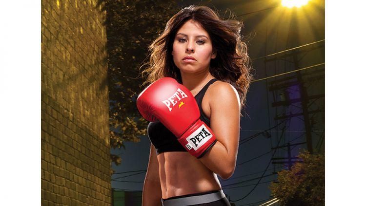 Sejumlah atlet wanita yang berprestasi di berbagai cabang olahraga yang umumnya didominasi kaum pria. Copyright: © keywordSugests/MMAfighting/sportingnews