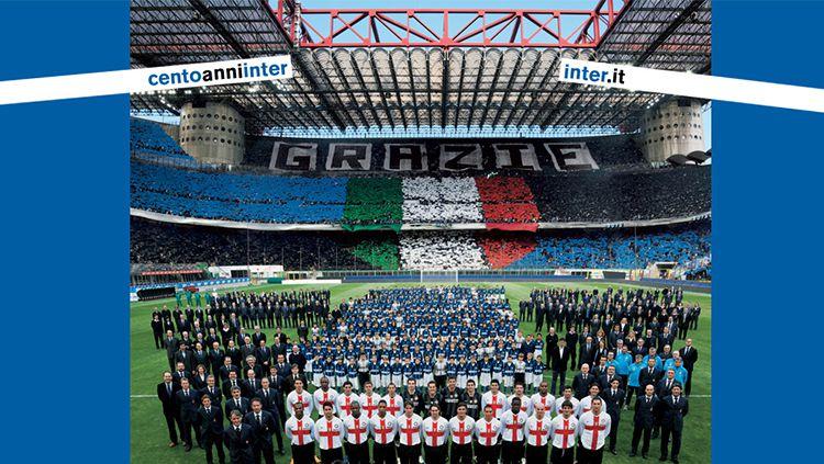 Perayaan ulang tahun Inter Milan oleh para pemain, manajemen, dan suporter. Copyright: inter.it