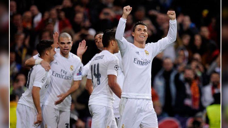 Aksi Comeback para klub elite Eropa di pentas Liga Champions. Copyright: © Indosport/dari berbagai sumber