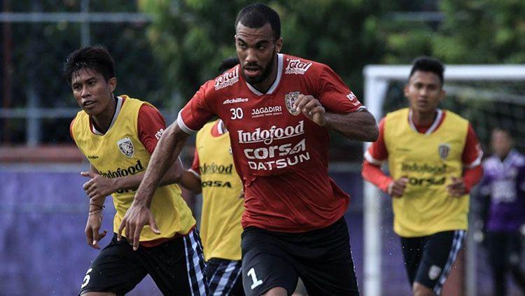 Pemain asing anyar Bali United, Sylvano Dominique Comvalius. Copyright: © Instagram/baliunitedfc