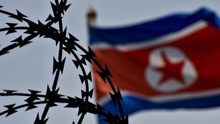 Bendera Korea Utara. Copyright: © Chris Jung/NurPhoto via Getty Images