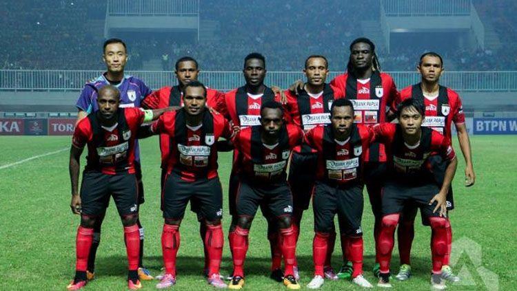 Skuat Persipura Jayapura saat berlaga di Indonesian Soccer Championship 2016. Copyright: © Indonesiansc.com