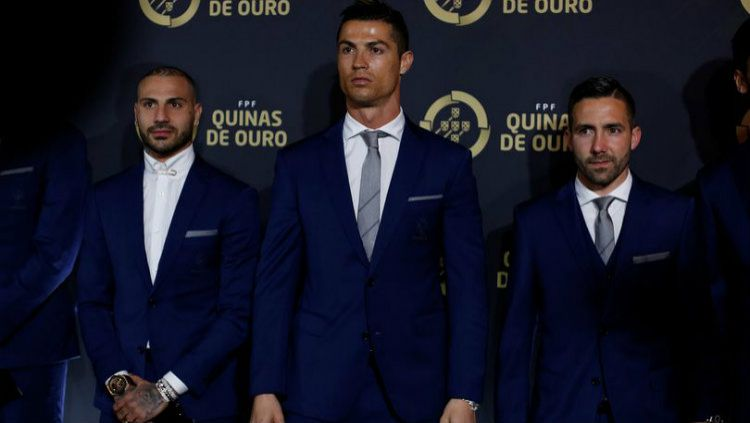 Cristiano Ronaldo menjadi pemain Portugal terbaik tahun ini. Copyright: © Reuters