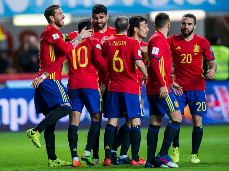 (CUPLIKAN GOL) Spanyol 4-1 Israel: Kokoh di Puncak