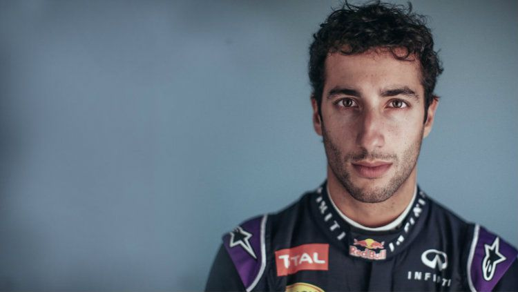 Pembalap Red Bull, Daniel Ricciardo. Copyright: © Youtube/Red Bull Racing