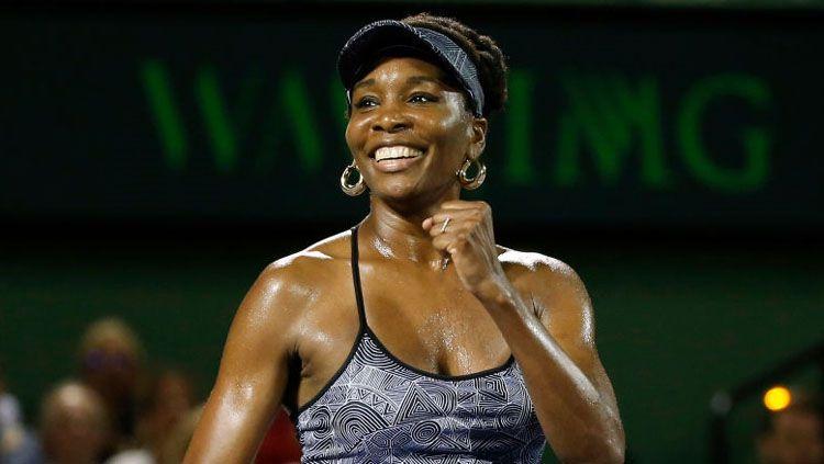 Venus Williams berhasil mengalahkan Angelique Kerber dengan skor 7-5, 6-3. Copyright: © David Santiago/El Nuevo Herald/TNS via Getty Images