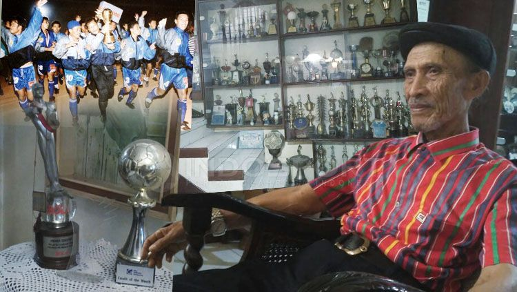 Legenda pelatih Persib Bandung, Indra Thohir. Copyright: © Petrus Manus Da Yerimon/INDOSPORT