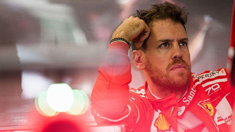 Sebastian Vettel mengaku salah saat menabrak mobil Max Verstappen di ajang balapan Formula 1 GP Inggris, Minggu (14/07/19). Peter J Fox/Getty Images. Copyright: © Peter J Fox/Getty Images