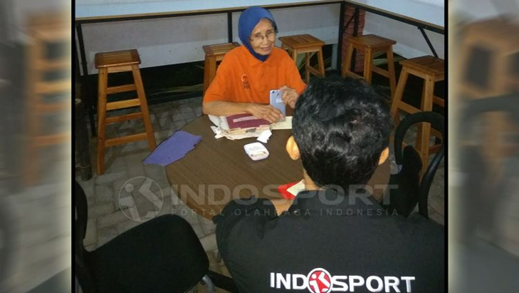 Wiwi H Kusdarti, pelopor sepakbola wanita Indonesia Copyright: © Gema Trisna Yudha/Indosport