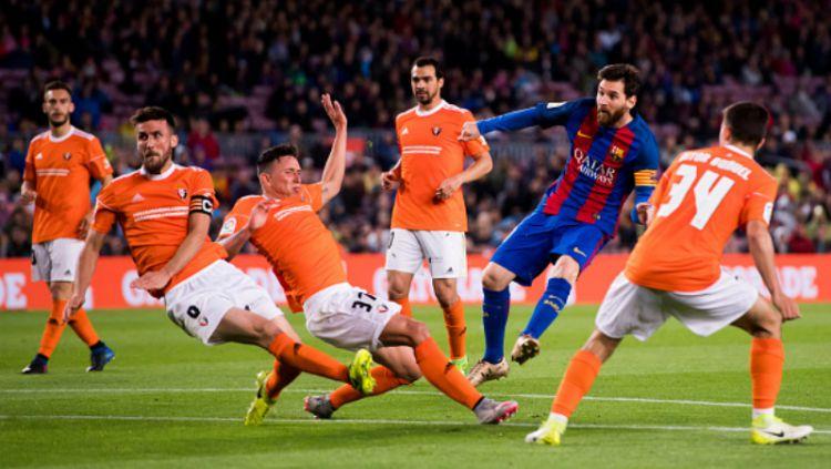 Barcelona akan menghadapi Osasuna di pekan ke-37 LaLiga Spanyol, Jumat (17/07/20) dini hari WIB. Blaugrana punya modal besar karena pernah menang telak 7-0. Copyright: © Alex Caparros/Getty Images
