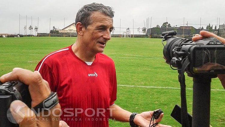 Pelatih Persiba Balikpapan, Milomir Seslija. Copyright: © Ian Setiawan/INDOSPORT