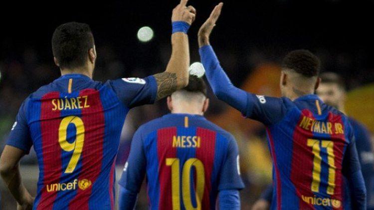 Gagal boyong Neymar, beberapa pemain Barcelona sempat terlibat perang dingin dengan atasan. Copyright: © TWITTER/@FCBdaily