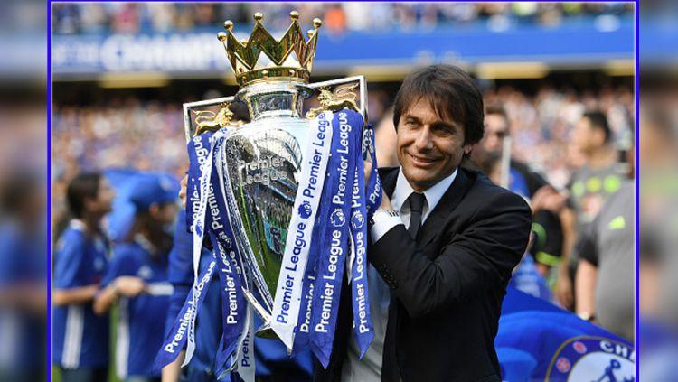 Antonio Conte, sang peracik taktik yang berhasil membuat Chelsea menjadi juara Liga Primer Inggris 2016/17. Copyright: © Shaun Botterill/Getty Images
