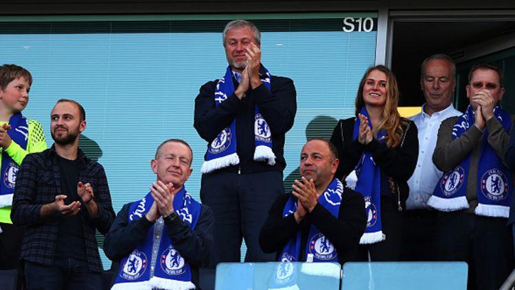 Sebelum dimiliki oleh Roman Abramovich, Chelsea ternyata tim dengan finansial akut kala mengikuti kompetisi Liga Inggris. Harga tim ini bahkan hanya Rp19 ribu saja. Copyright: © Catherine Ivill - AMA/Getty Images