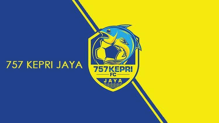 Logo 757 Kepri Jaya. Copyright: © Grafis: Eli Suhaeli/INDOSPORT