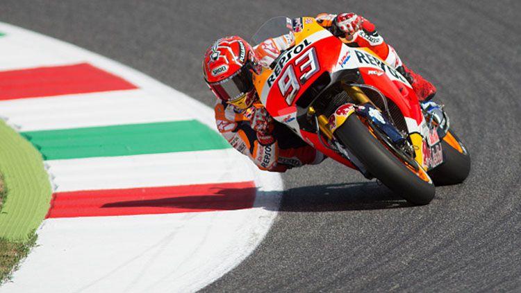 Marc Marquez dalam lintasan balap. Copyright: © INDOSPORT