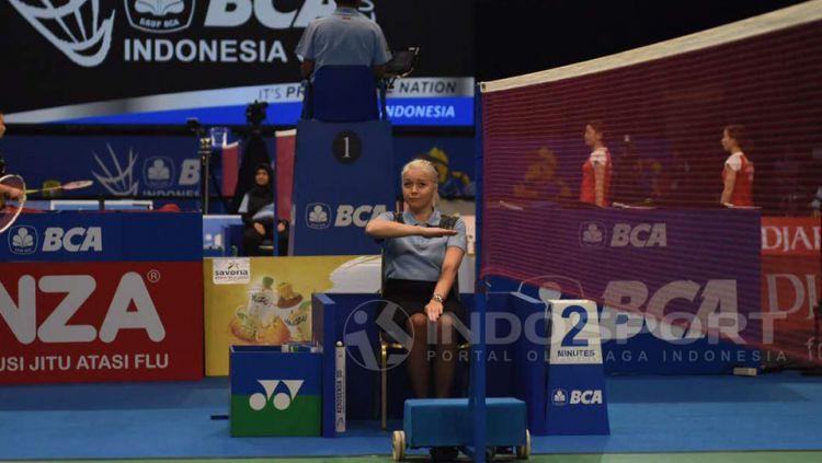 Iris Metspalu, salah satu wasit Indonesia Open 2017 yang menjadi sorotan. Copyright: © Herry Ibrahim/Indosport.com